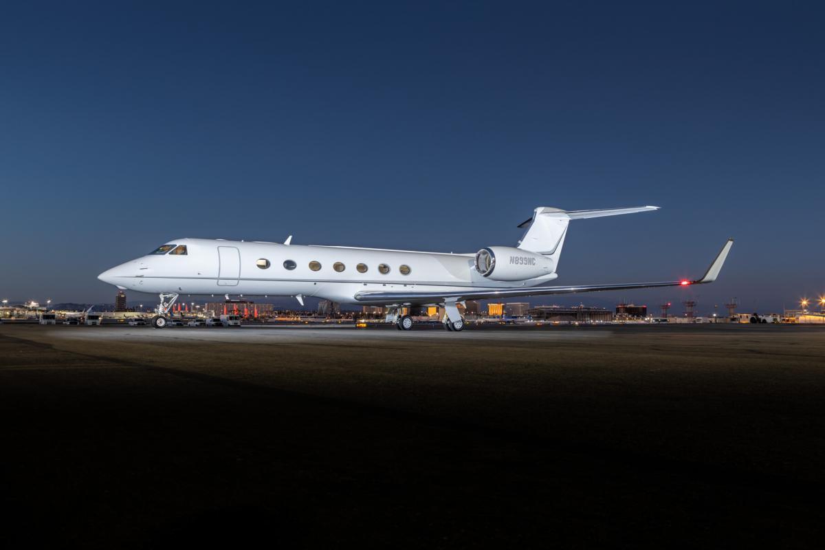2013 Gulfstream G550 Photo 2