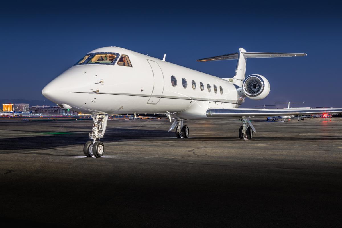 2013 Gulfstream G550 Photo 3