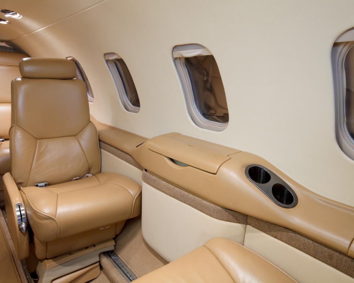 1997 Learjet 31A Photo 7