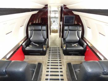 1988 Bombardier Challenger 601-3A - Photo 3