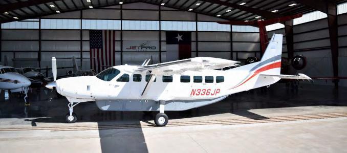 2013 Cessna Grand Caravan EX Photo 2