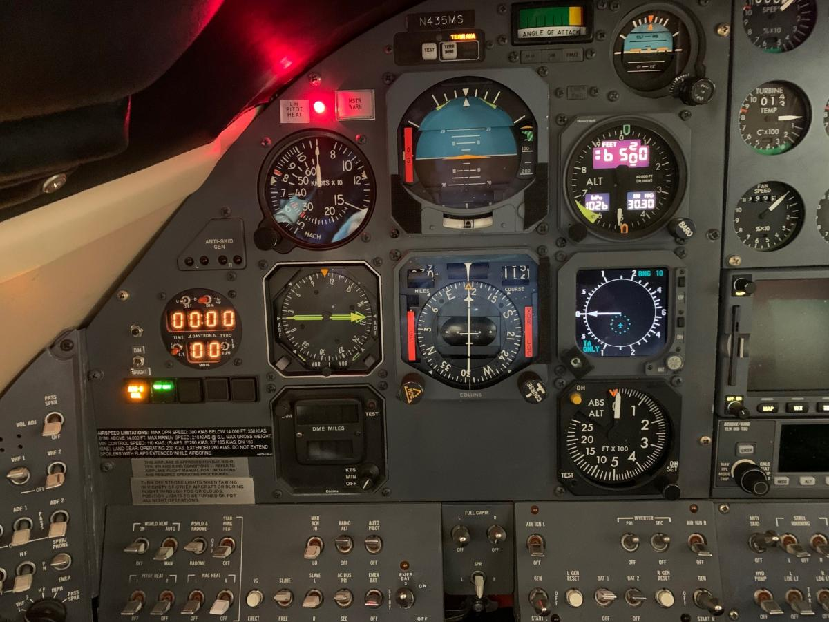 1976 Learjet 35 Photo 7