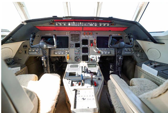 2003 Dassault Falcon 2000EX Photo 7