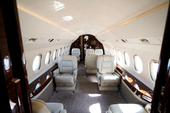 2003 Dassault Falcon 2000EX Photo 4