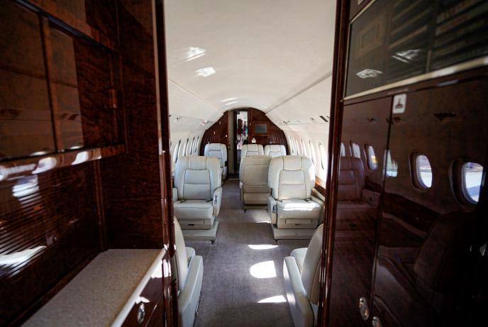 2003 Dassault Falcon 2000EX Photo 6
