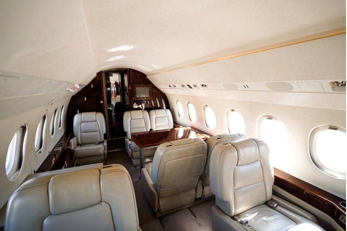 2003 Dassault Falcon 2000EX Photo 5