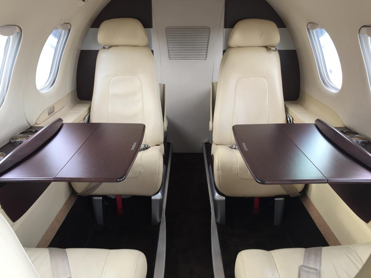 2010 Embraer Phenom 100 Photo 2