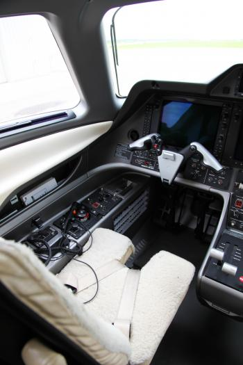 2010 Embraer Phenom 100 - Photo 17