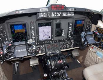 2011 Beech King Air 350i - Photo 3