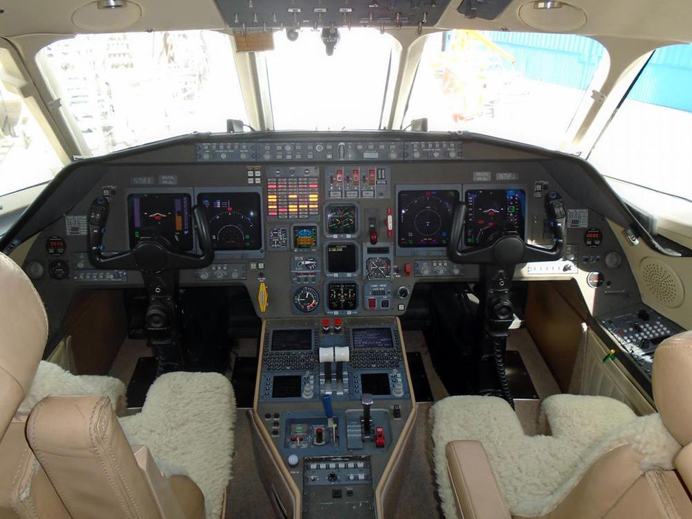 1999 Dassault Falcon 2000 Photo 4