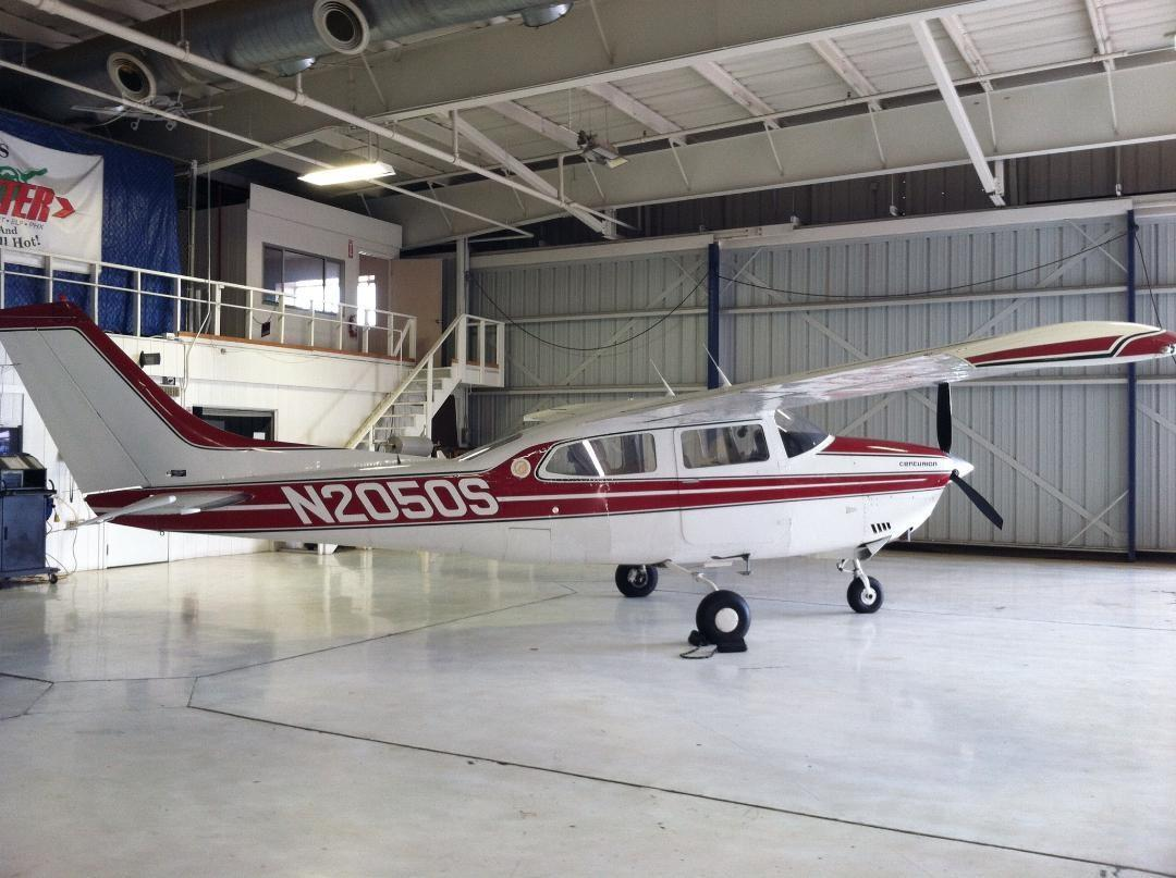 1975 CESSNA TURBO 210L - Photo 1