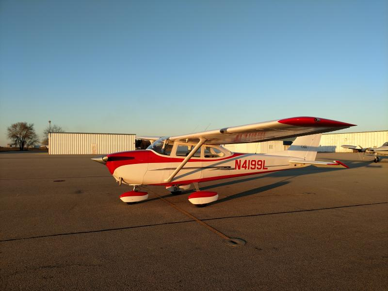 1966 Cessna 172 - Photo 1