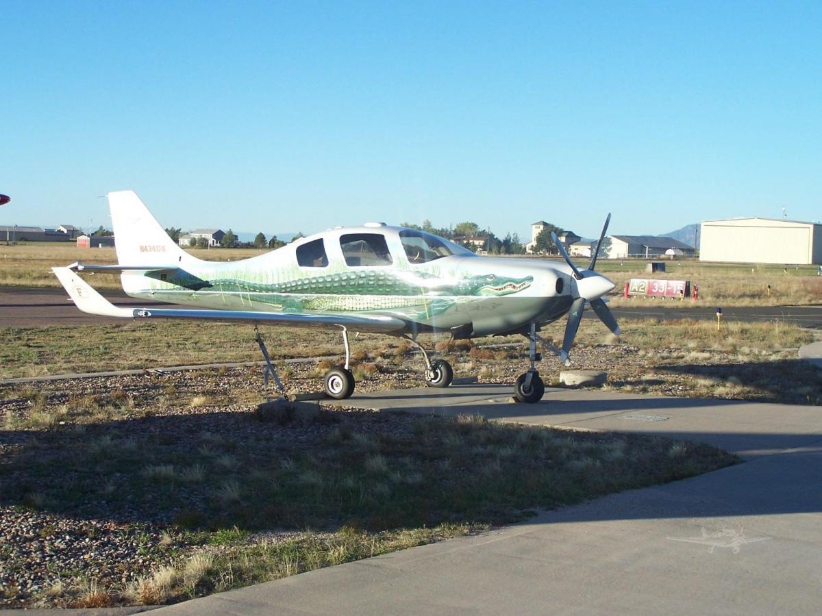 2001 Lancair IV-P - Photo 1