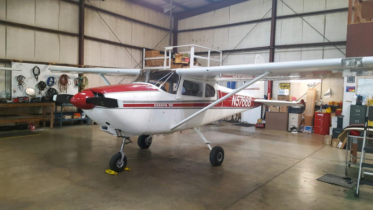 1956 Cessna 182 - Photo 1