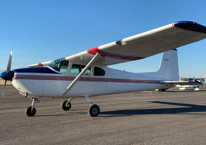 1957 Cessna 182 - Photo 1