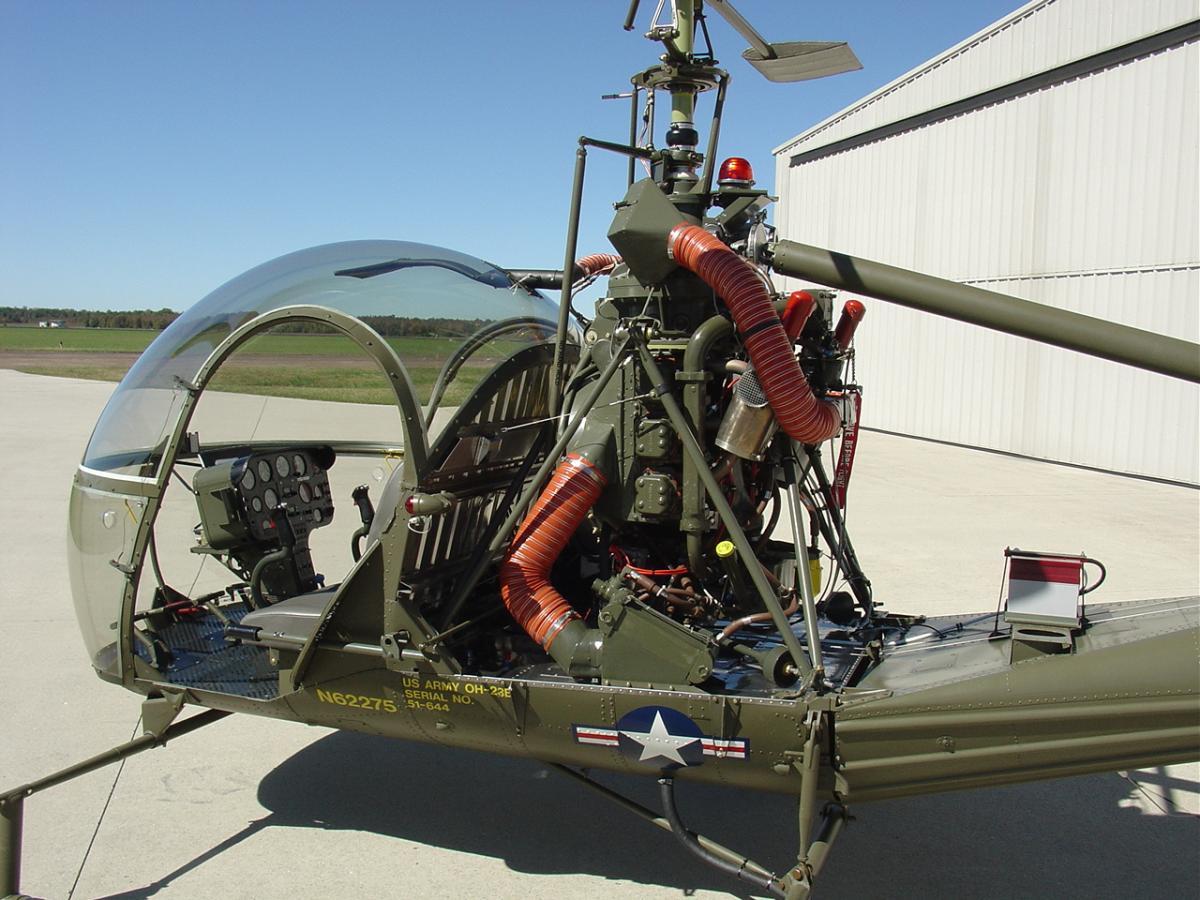 Hiller UH-12B Photo 4
