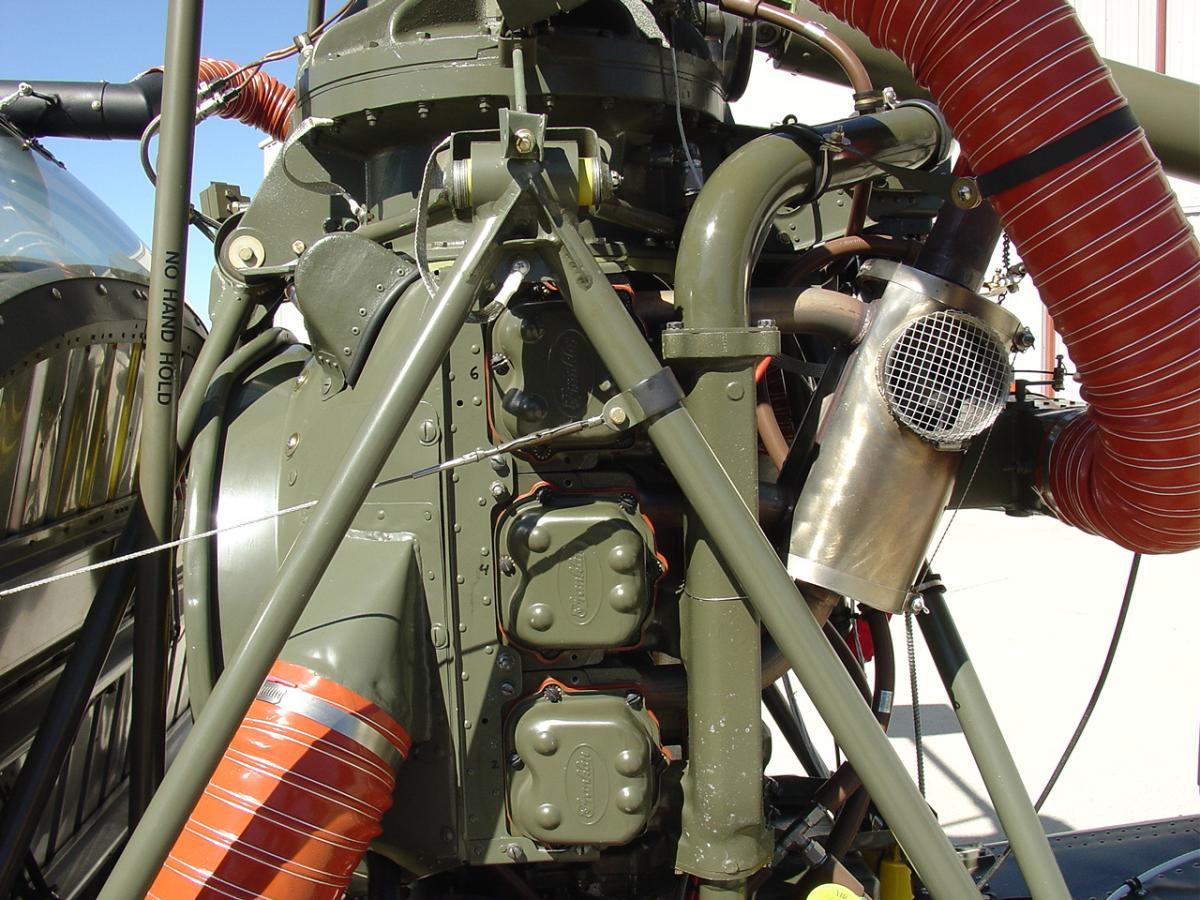 Hiller UH-12B Photo 5