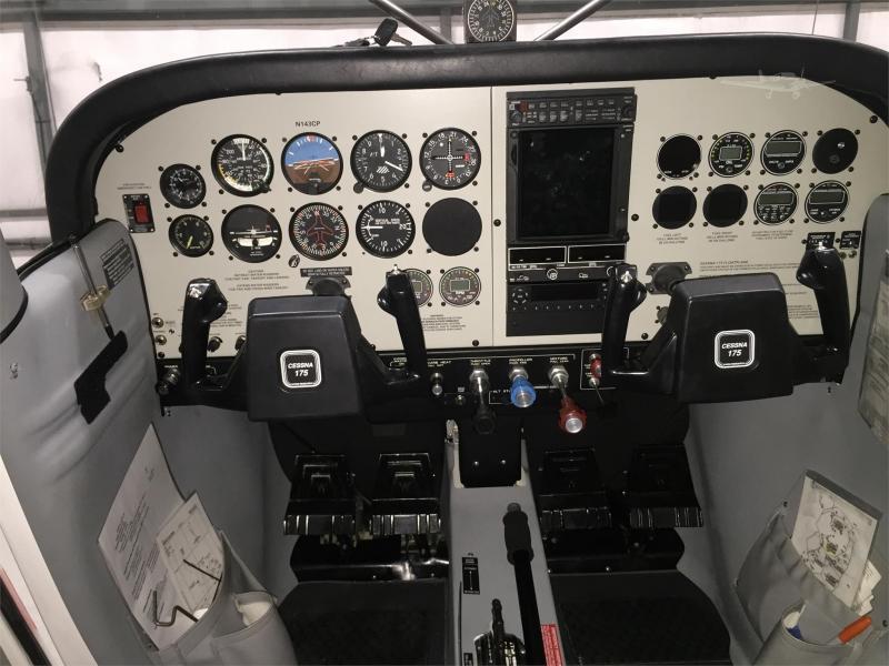 AircraftDealer com Mobile