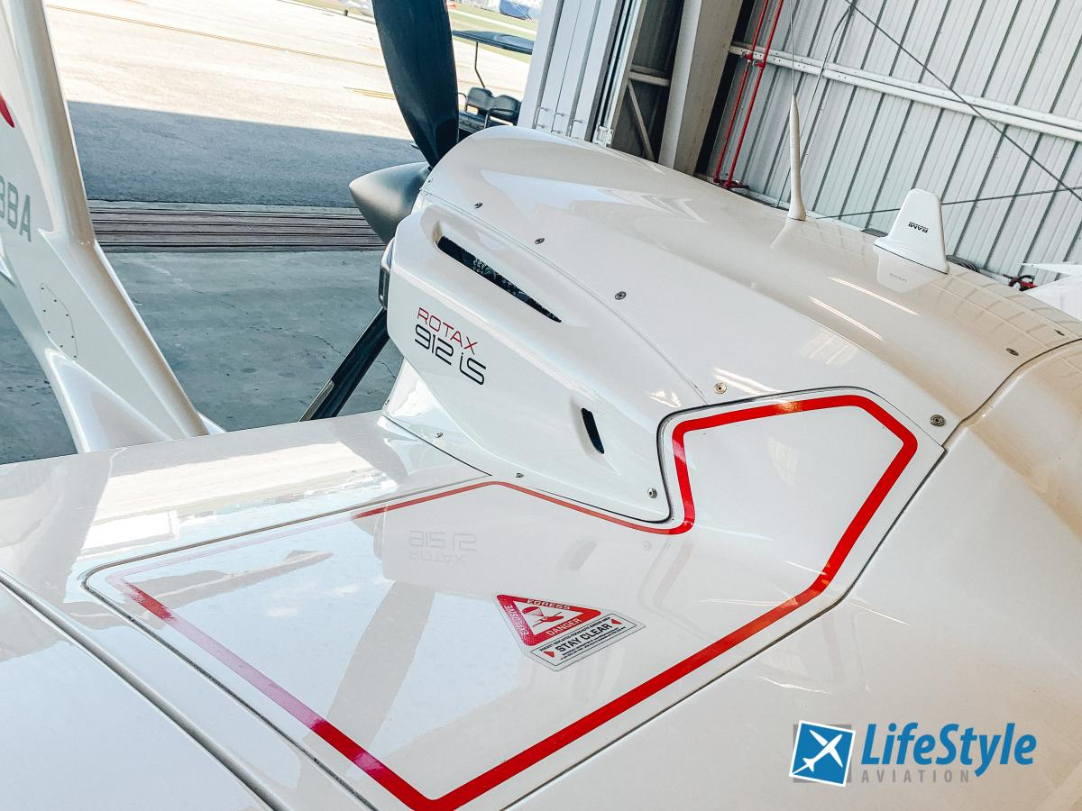 2019 Icon A5 Founders Edition Photo 5