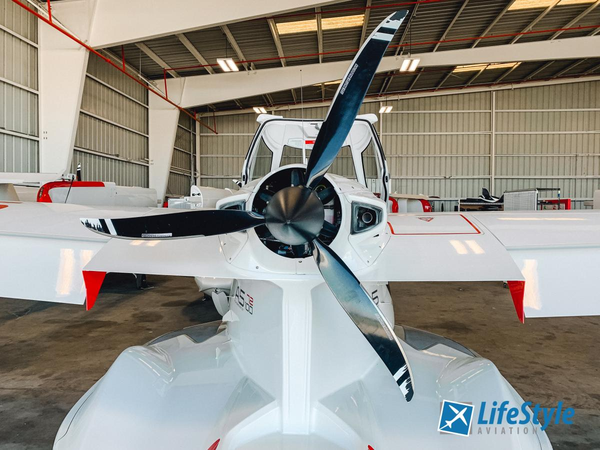 2019 Icon A5 Founders Edition Photo 7