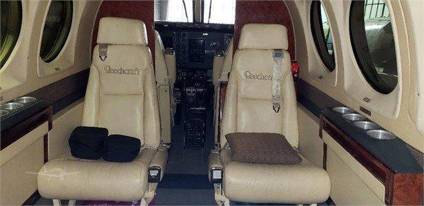 1981 BEECHCRAFT KING AIR C90 Photo 6