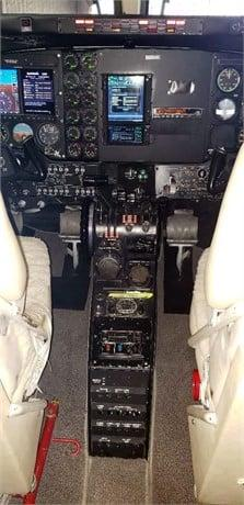 1981 BEECHCRAFT KING AIR C90 Photo 2