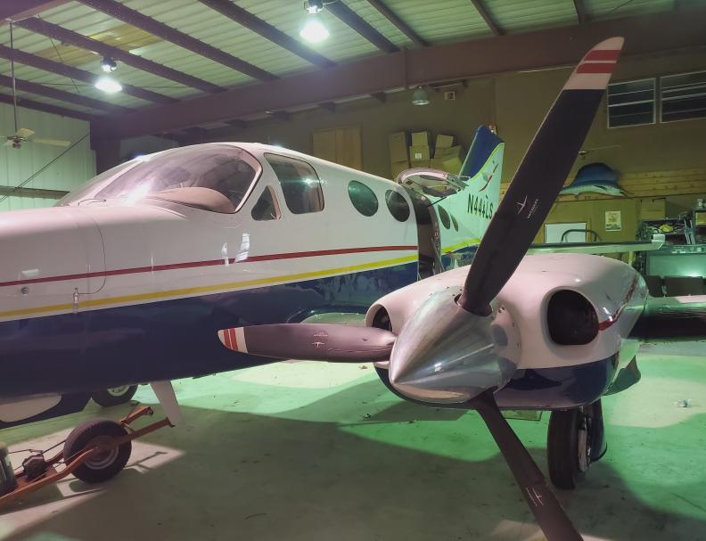 1974 Cessna 414 Photo 3