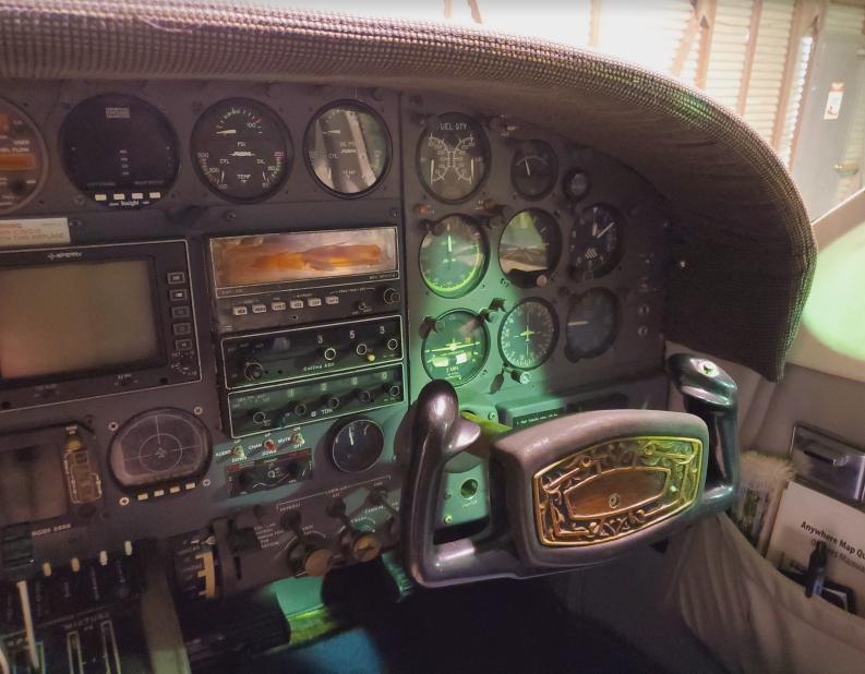 1974 Cessna 414 Photo 5