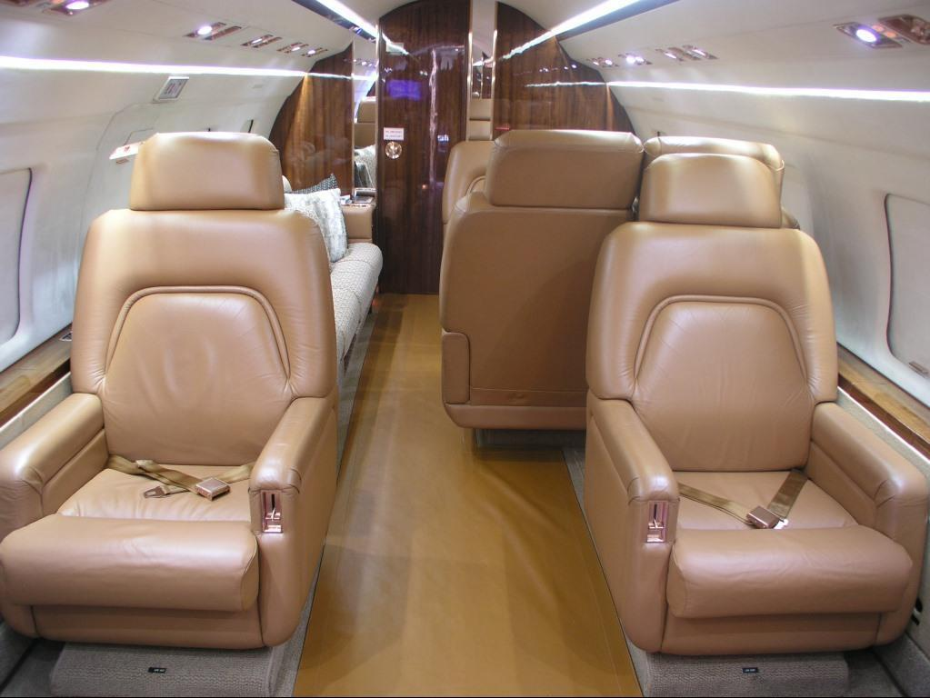 1989 Bombardier Challenger 601-3A Photo 3