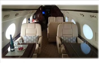 2011 Gulfstream G450 - Photo 2