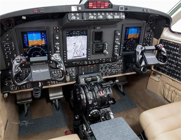 2015 BEECHCRAFT KING AIR 250 Photo 3