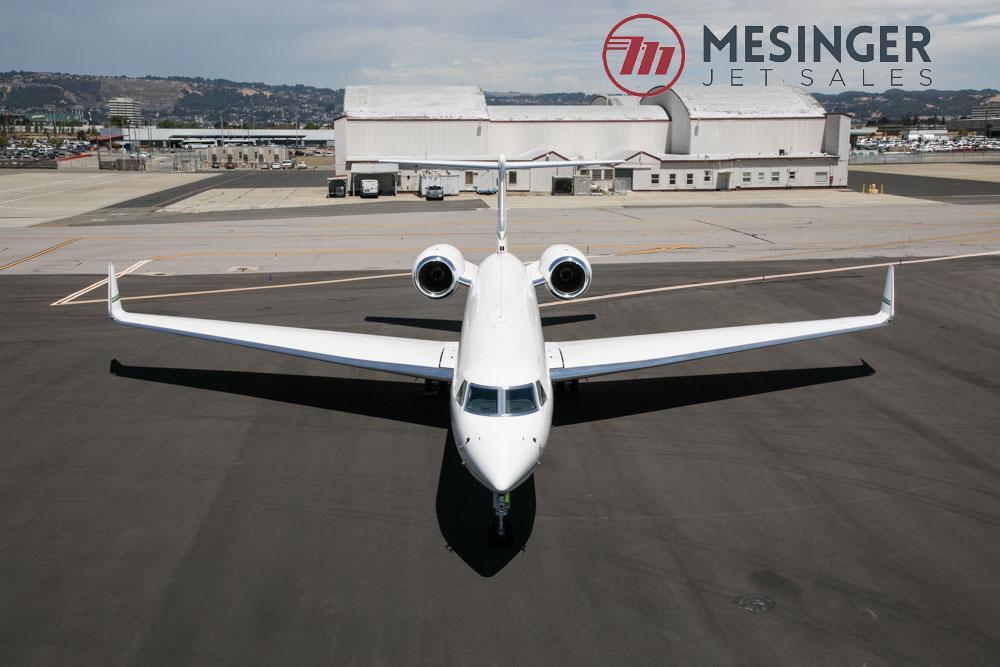 2008 Gulfstream G550 - Photo 1