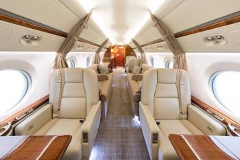 2008 Gulfstream G550 - Photo 2