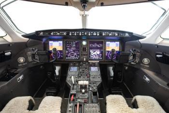 2011 Bombardier Challenger 300 - Photo 14
