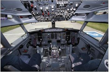 1992 BOEING 737-400 - Photo 3