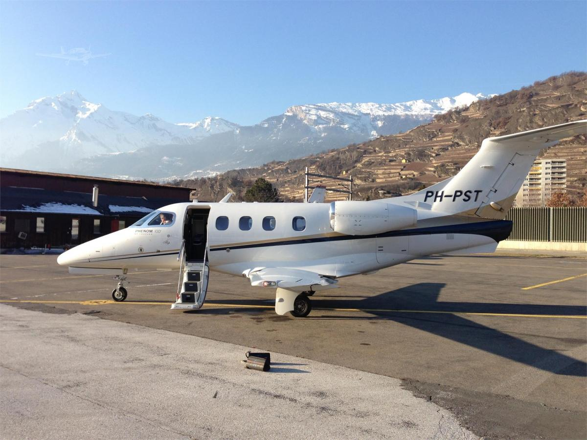 2010 EMBRAER PHENOM 100 - Photo 1