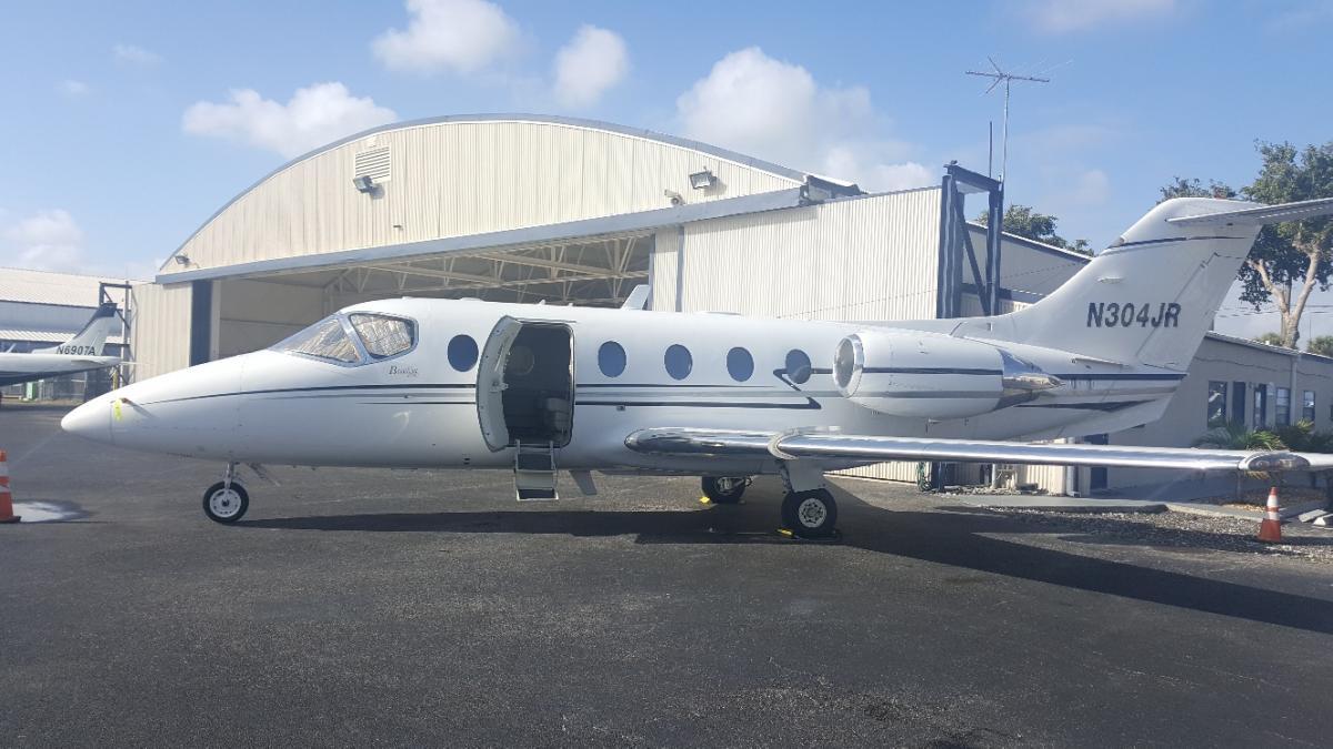 1993 Beechjet 400A - Photo 1
