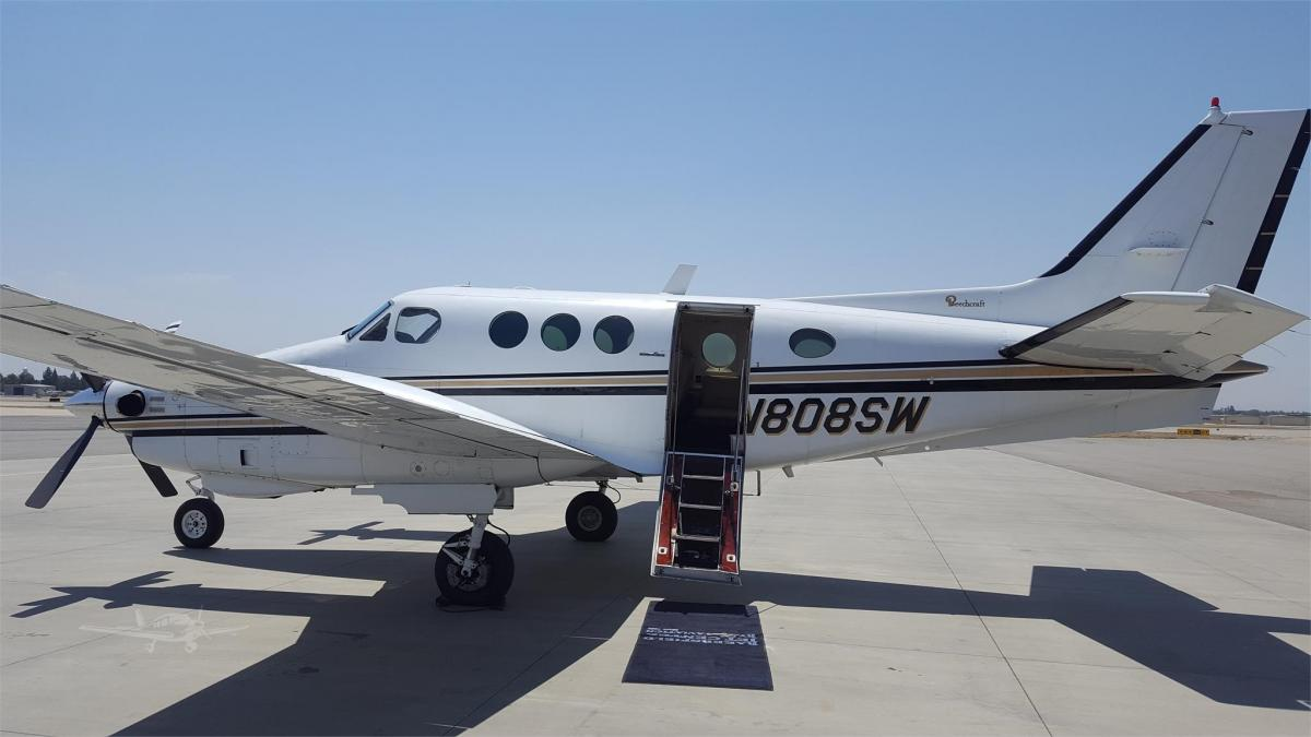 1978 BEECHCRAFT KING AIR C90 - Photo 1