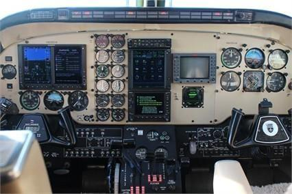 1978 BEECHCRAFT KING AIR C90 Photo 7