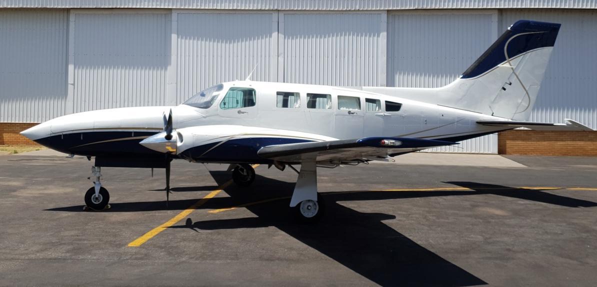 1981 Cessna 402C Business Liner Photo 2
