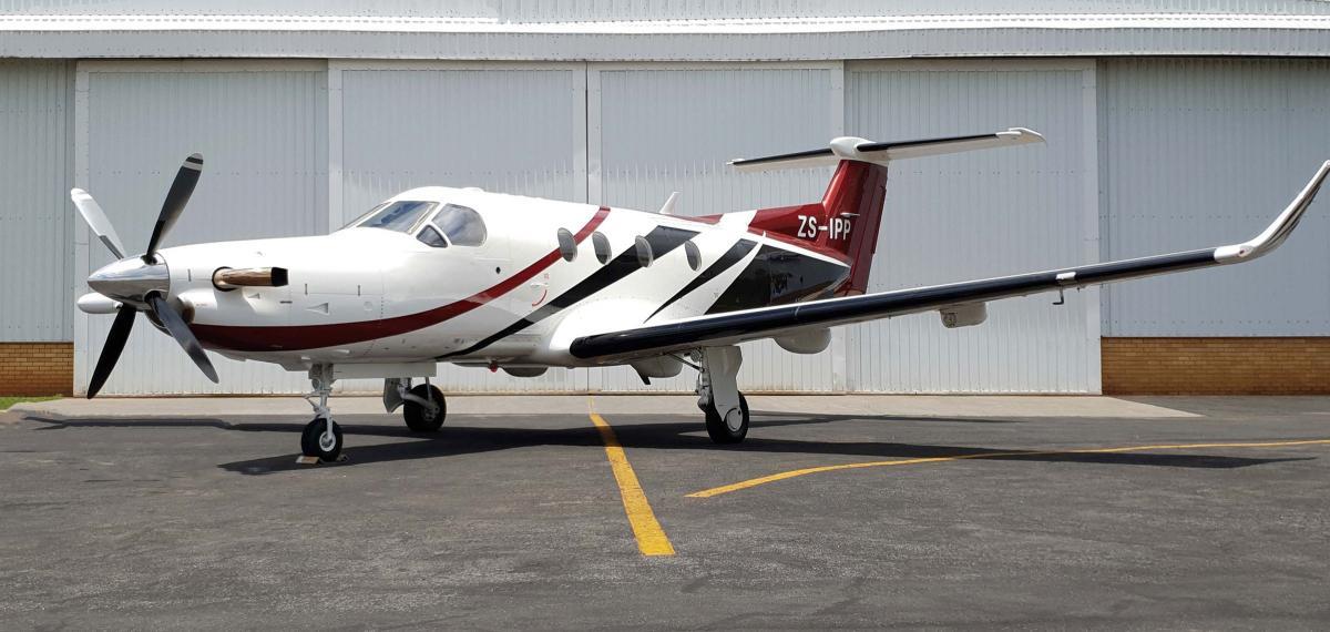 1998 Pilatus PC-12 / 45 Photo 2