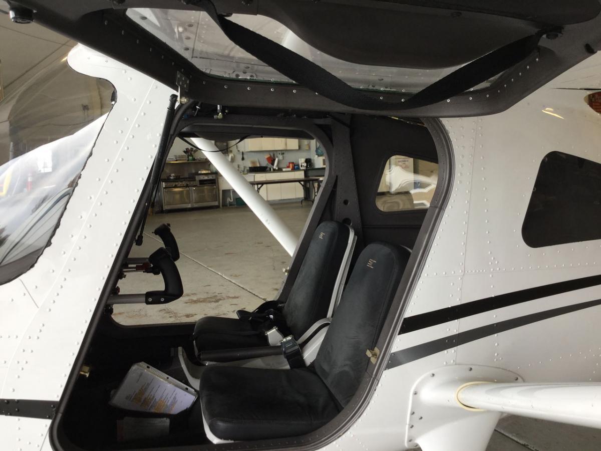 2011 Cessna 162 Skycatcher Photo 6