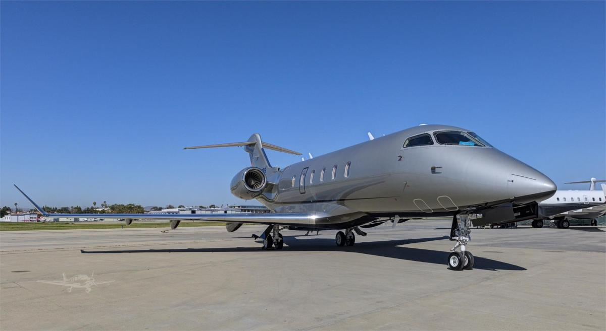 2015 BOMBARDIER/CHALLENGER 350 Photo 4