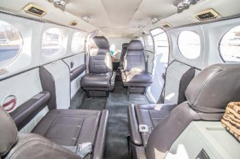 1982 Cessna 421C - Photo 2