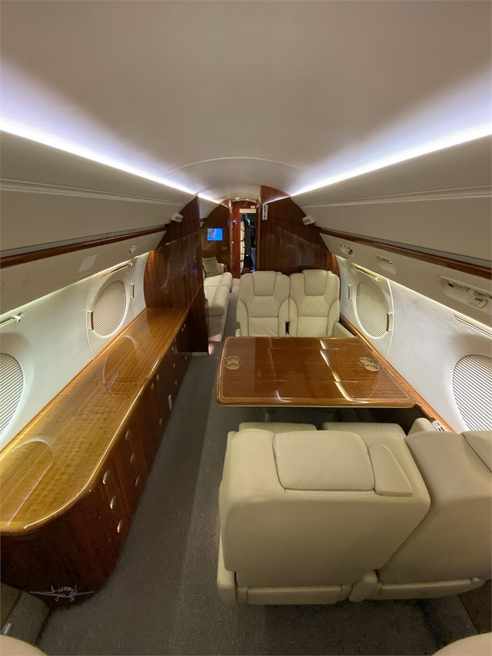2002 GULFSTREAM GV Photo 3