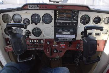 1971 Cessna 150 - Photo 2