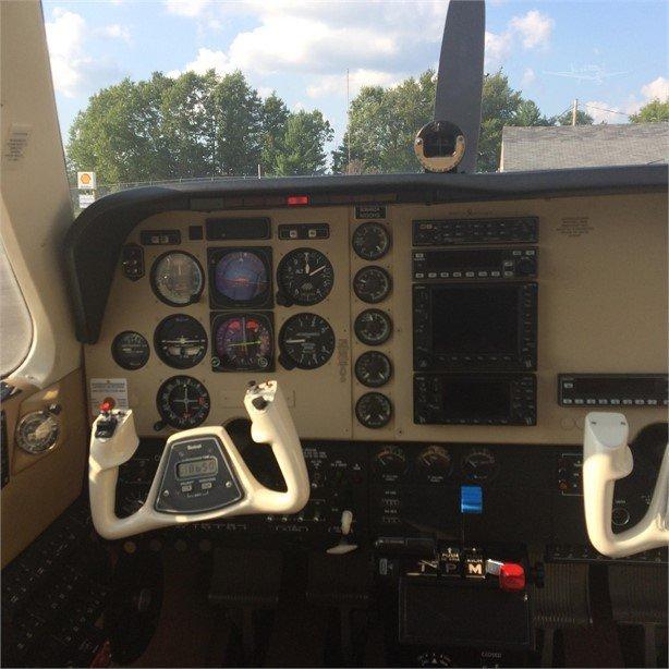 2002 BEECHCRAFT A36 BONANZA Photo 4