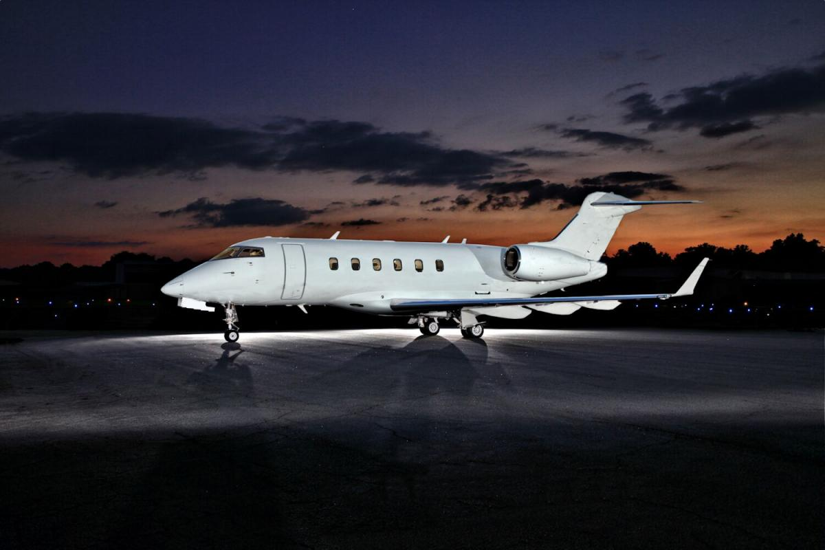 2008 BOMBARDIER CHALLENGER 300 - Photo 1