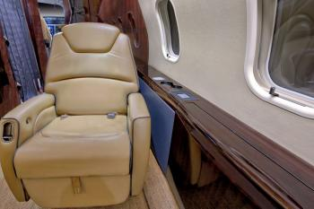 2008 BOMBARDIER CHALLENGER 300 - Photo 11