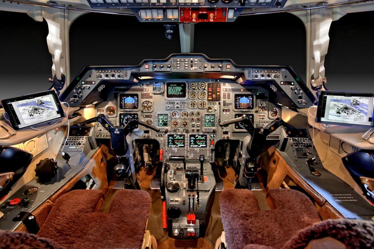 2001 Hawker 800XP Photo 4